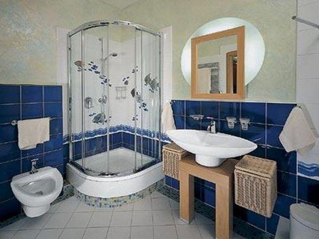 Ванна з душем - вчимося економити простір.