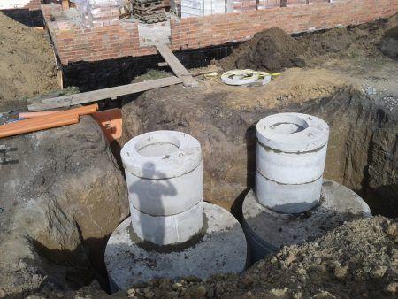 Готовий септик з бетонних кілець