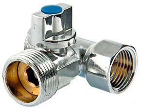 Водопровдний кран з корпусом у вигляді трійника