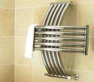 Рушникосушки сьогодні дуже популярні в квартирах і приватних будинках.