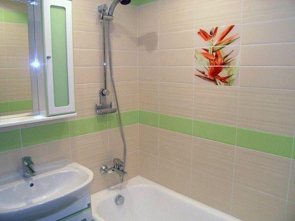 Форма плитки здатна візуально скорегувати довжину стін у ванній кімнаті