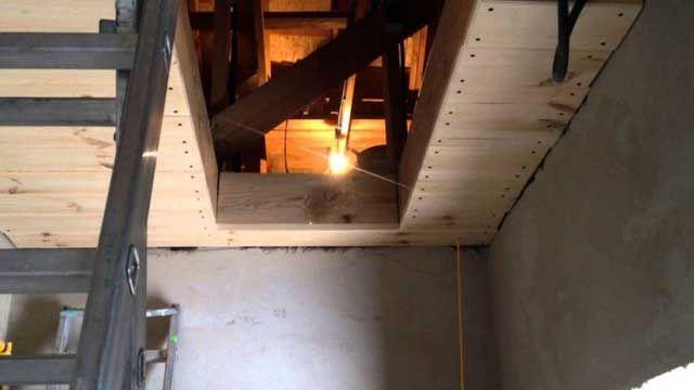 Люки на горище зі сходами своїми руками: особливості конструкцій, розміри, покрокова інструкція