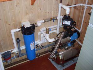 Пристрій розводки системи водопостачання в приватному будинку